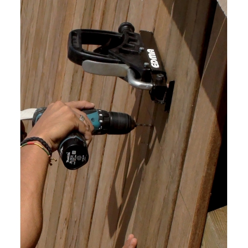 PRESS DECK - Decking lath straightener